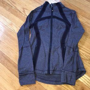 Lululemon Define Jacket. Purple grey. Size 6.